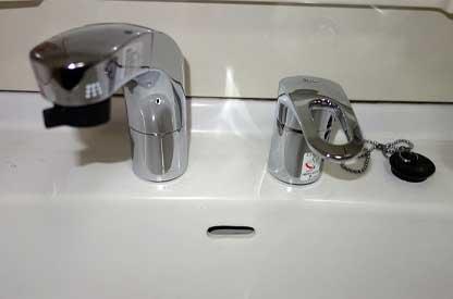 水栓・蛇口の水もれ修理と交換
