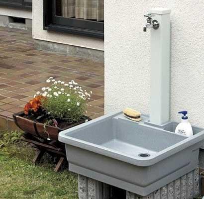 家の外に蛇口や水栓柱を新設