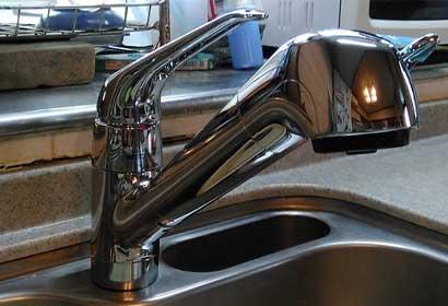 LIXILの浄水カートリッジ内臓水栓に交換