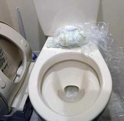 トイレに固形物や異物を流したつまり